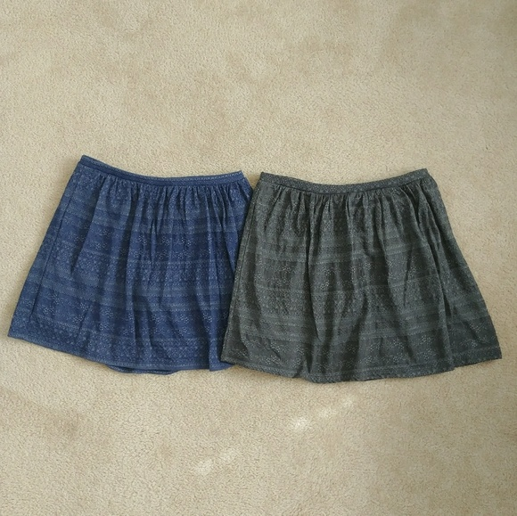 Old Navy Other - 2 Girls Jaquard Knit Skirts